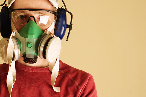 popcorn-ceiling-removal-asbestos-protection-mask-600-web